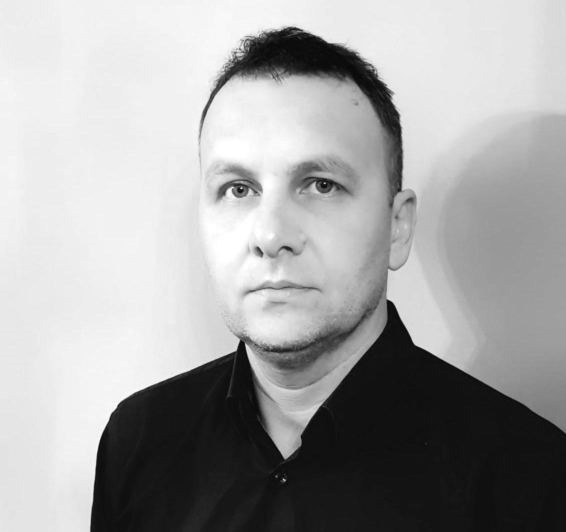 Radu E.