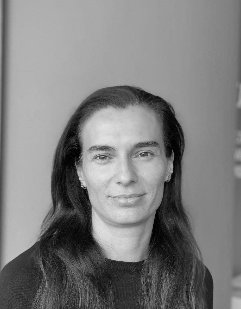 Iuliana M.